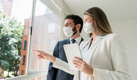 unvaccinated real estate agents